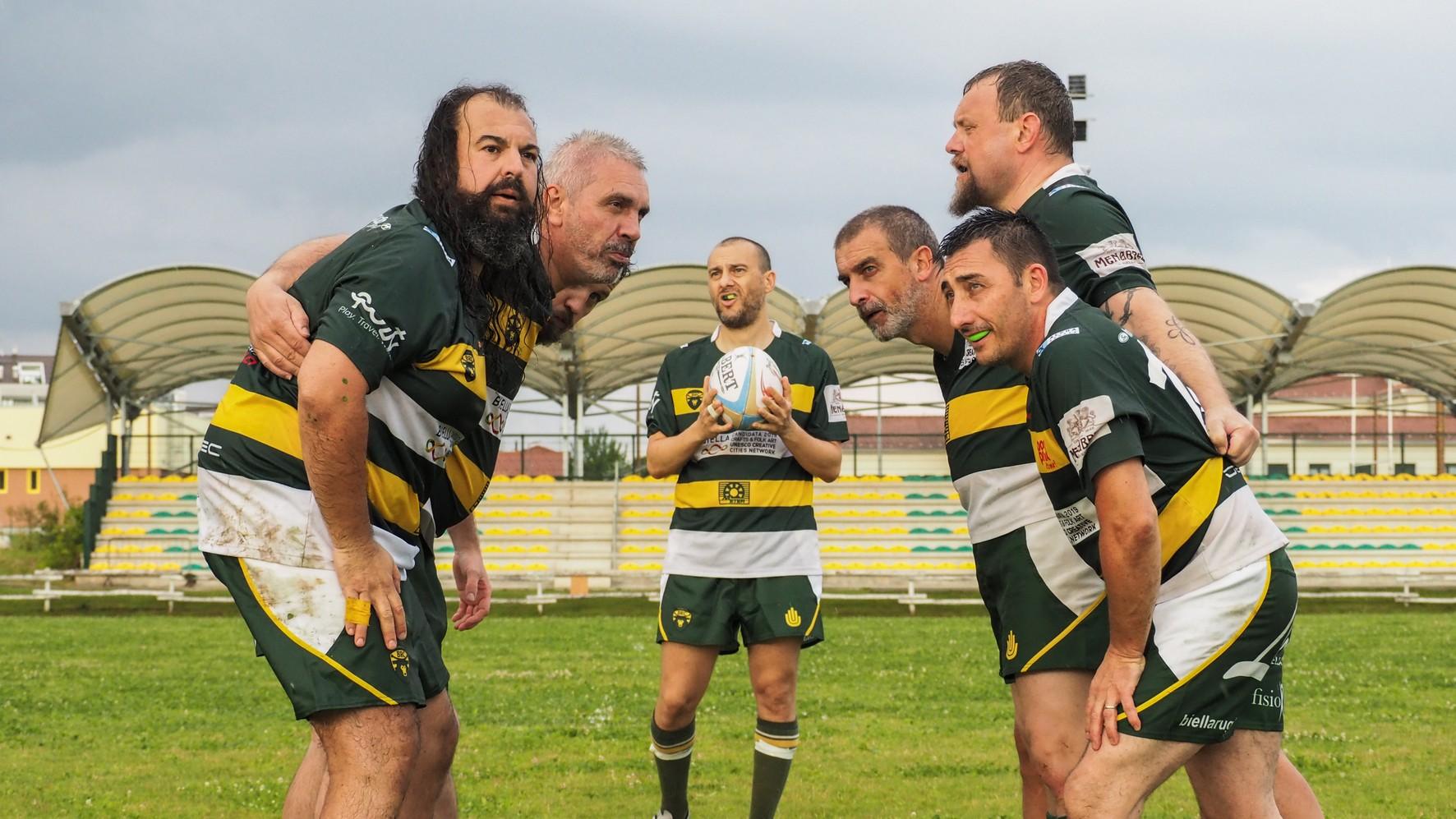 Un momento delle riprese sui campi del Biella Rugby Club